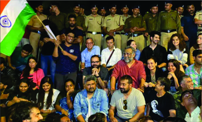 Bollywood breaks silence over the JNU violence!