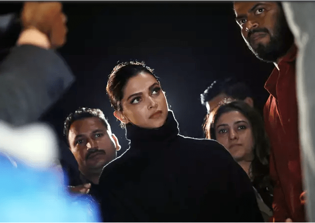 Deepika Visits Jnu