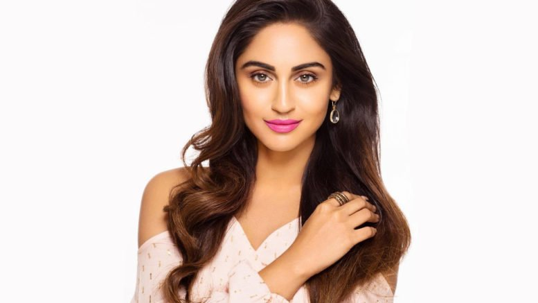 Krystle D'Souza Full Bio: Height, Age, Boyfriend, Family, and More