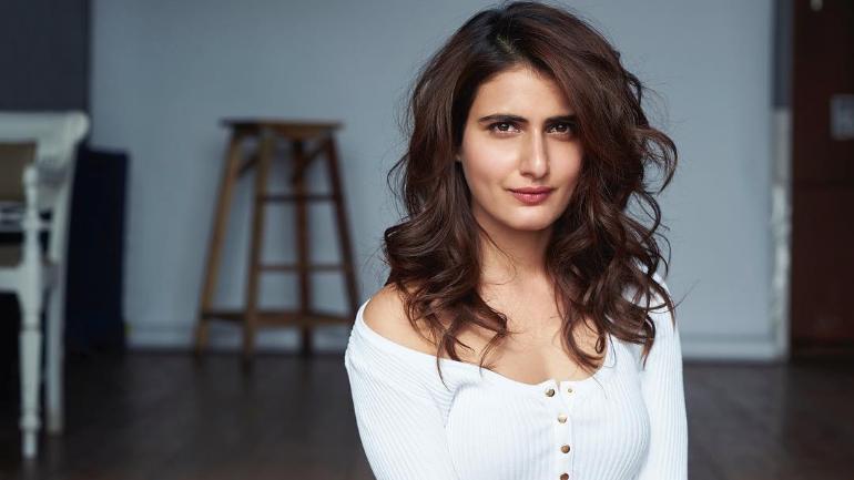 Fatima Sana Shaikh Full Bio: Height, Age, Boyfriend, Family, and More
