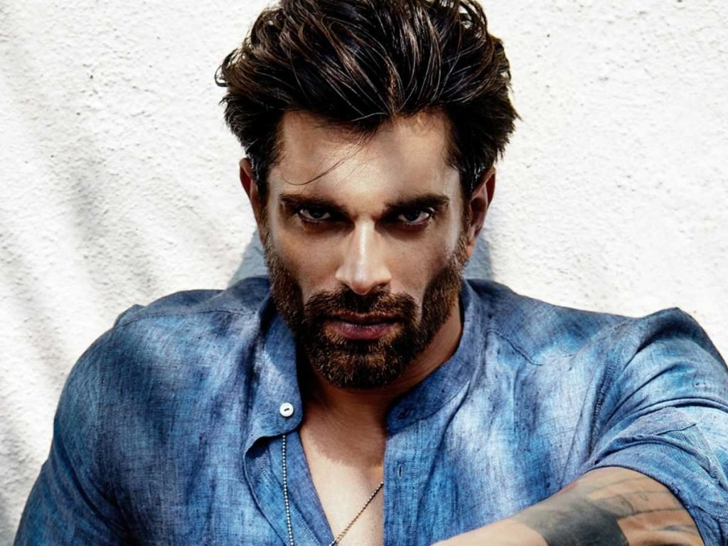 Karan Singh Grover Full Bio: Height, Age, Girlfriend, Family, and More