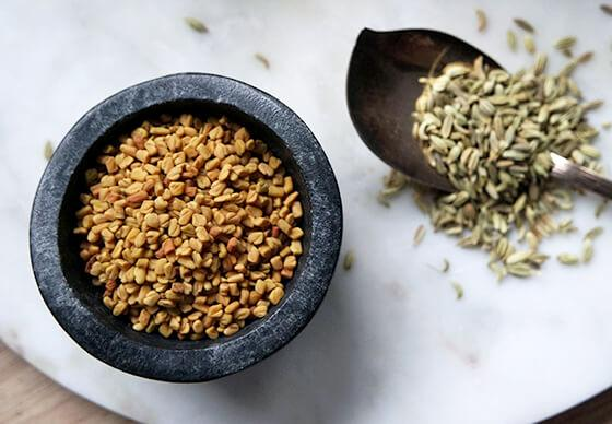 fennel-seeds-for-breast-enhancement