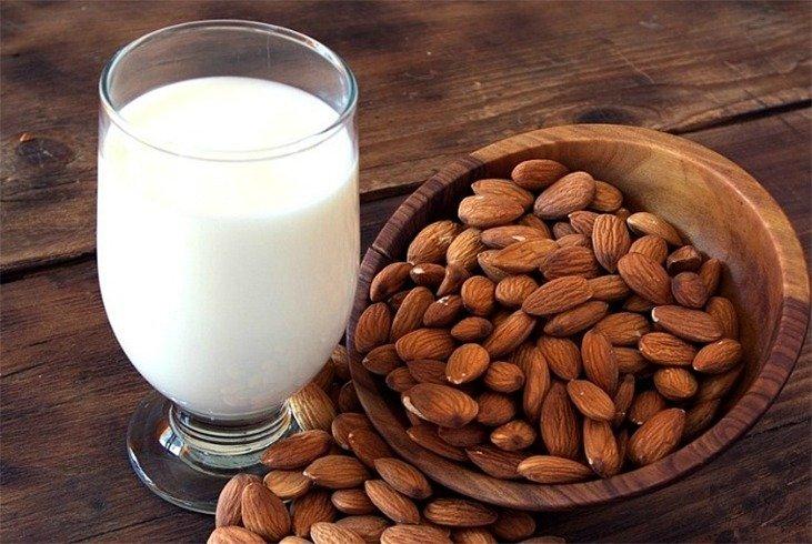 almond-milk-hair-mask