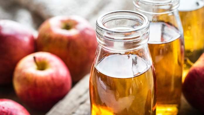 apple-cider-vinegar-eye-mask