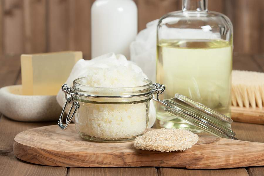 homemade scrub for oily skin