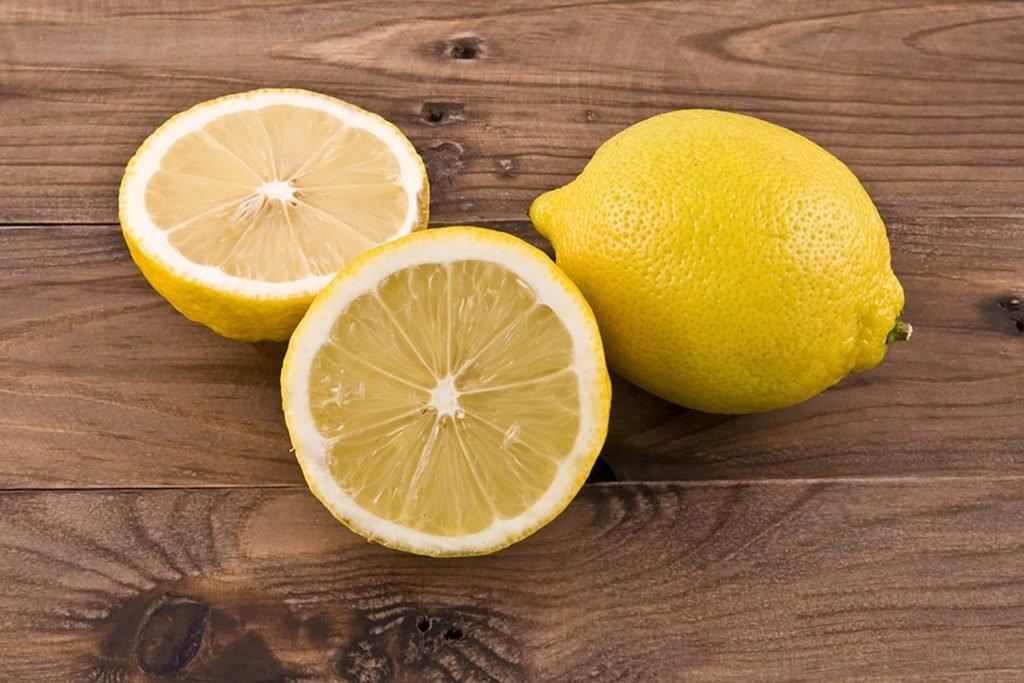 Lighten Lip Pigmentation - lemon