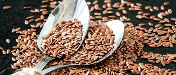 How To Use Flax Seeds For Hair Growth: Benefits & Side Effects